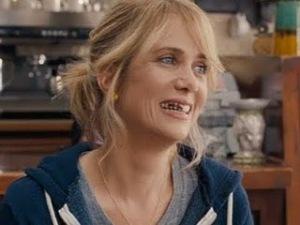 Bridesmaids-Movie-Clip-Teeth-Official-HD